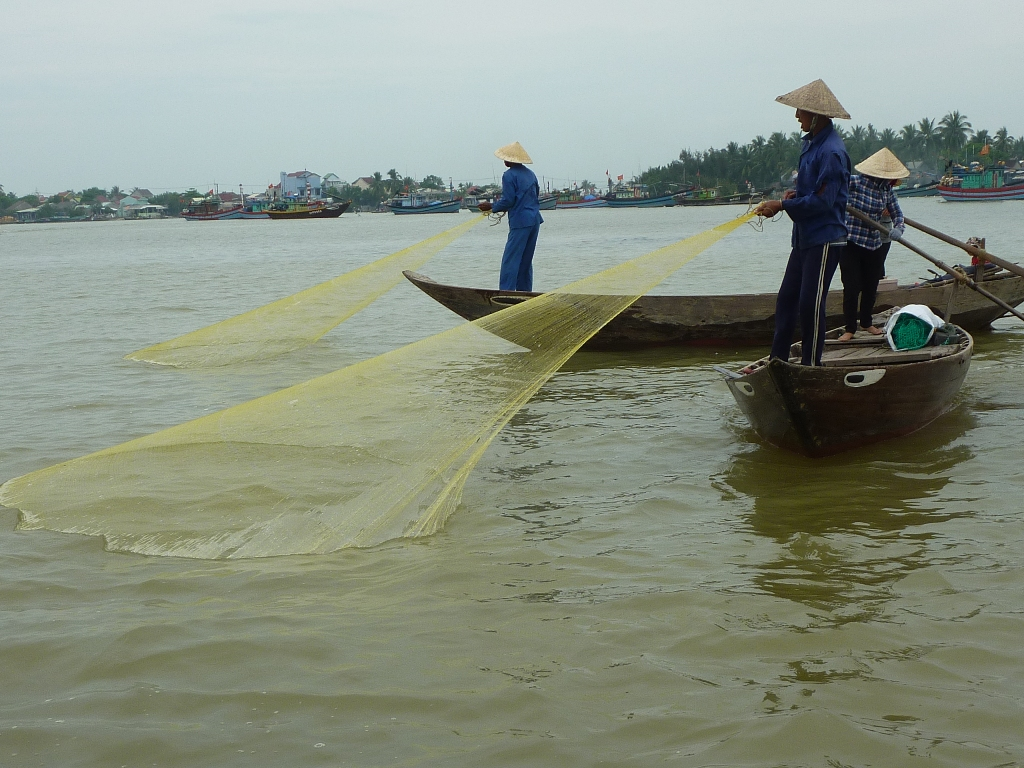 05-15-0480 village de pêcheurs red