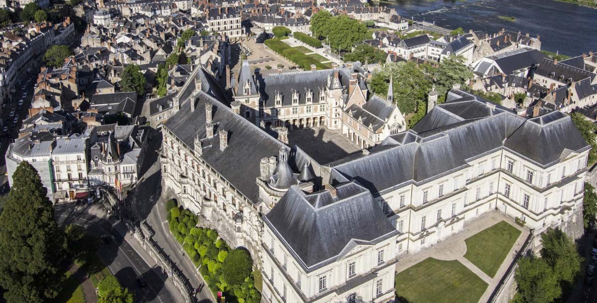 19413 630 chateau royal vue d en haut