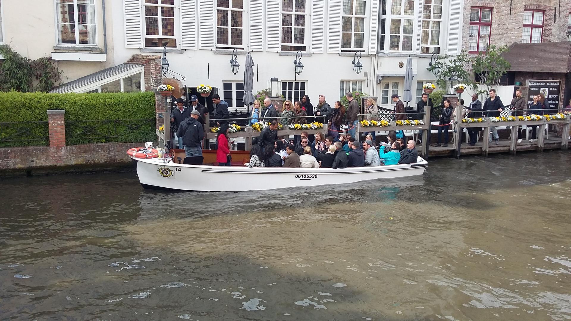 Bruges sur le canal